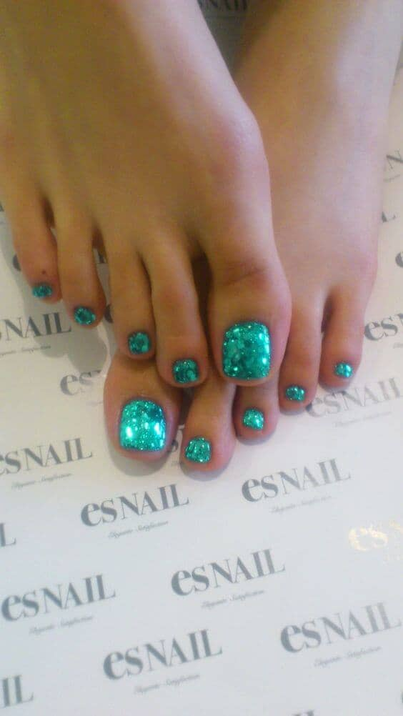 50 Adorable Summer Toe Nail Art Inspirations to Let the Summer Fun Begin - image 09-summer-toe-nails-thelateststyle on https://alldesingideas.com