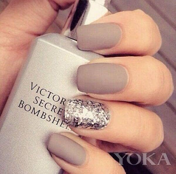 Lovely Nail Polish for Wedding