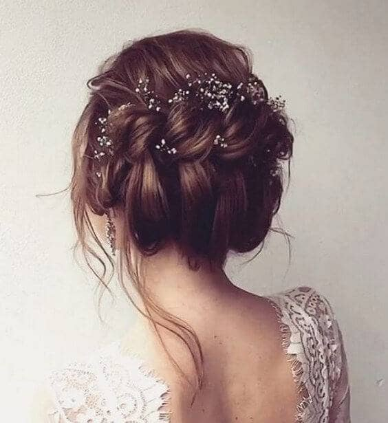 Middle Side Braid With Wisps