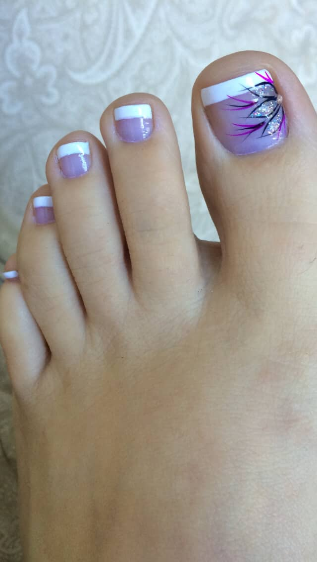 50 Adorable Summer Toe Nail Art Inspirations to Let the Summer Fun Begin - image 16-summer-toe-nails-thelateststyle on https://alldesingideas.com