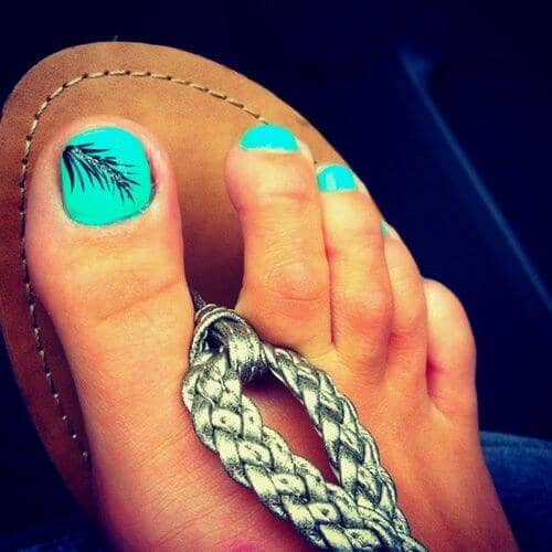 50 Adorable Summer Toe Nail Art Inspirations to Let the Summer Fun Begin - image 17-summer-toe-nails-thelateststyle on https://alldesingideas.com