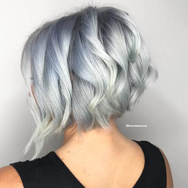 Simple Short, Wavy Haircut for Women