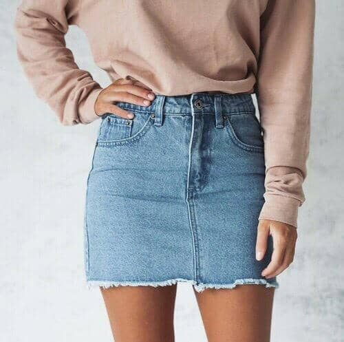 122cbcf8aefb 29 Fabolous Denim Skirt Outfits For This Autumn