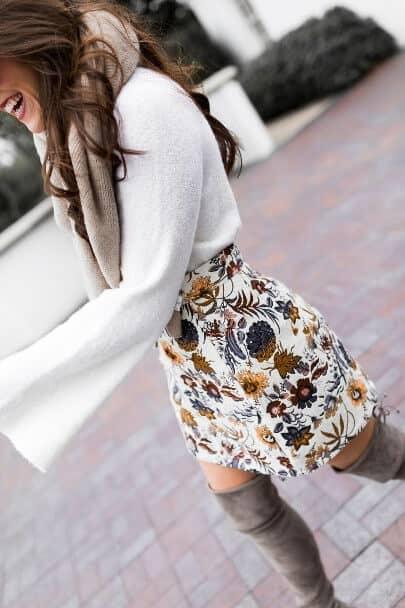 Sophisticated Print Miniskirt