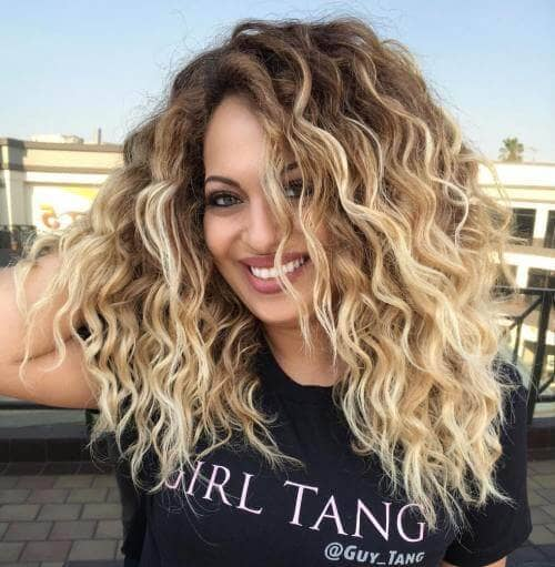 Totally Gorgeous Ombre Blonde Curls