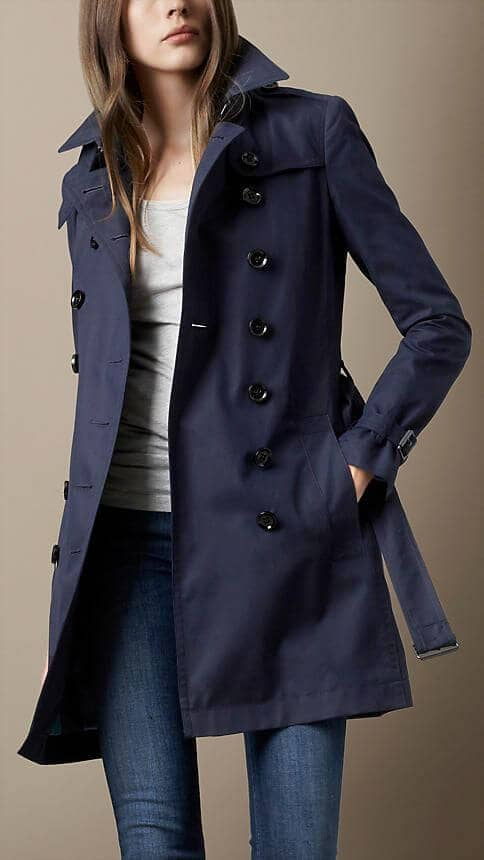 Bold Military-style Trenchcoat Outfit