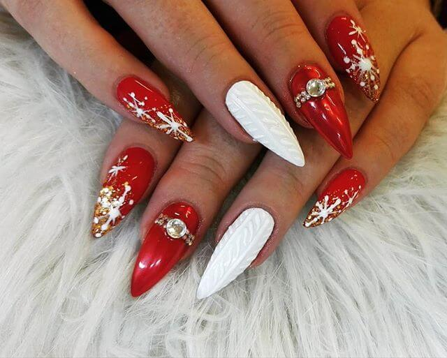Mrs. Claus Holiday Nail Art