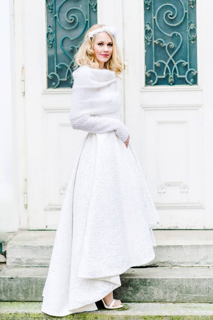 25 wonderful winter wedding dresses youll fall in love with 1 simply and cozy winter wedding dresses junglespirit Gallery