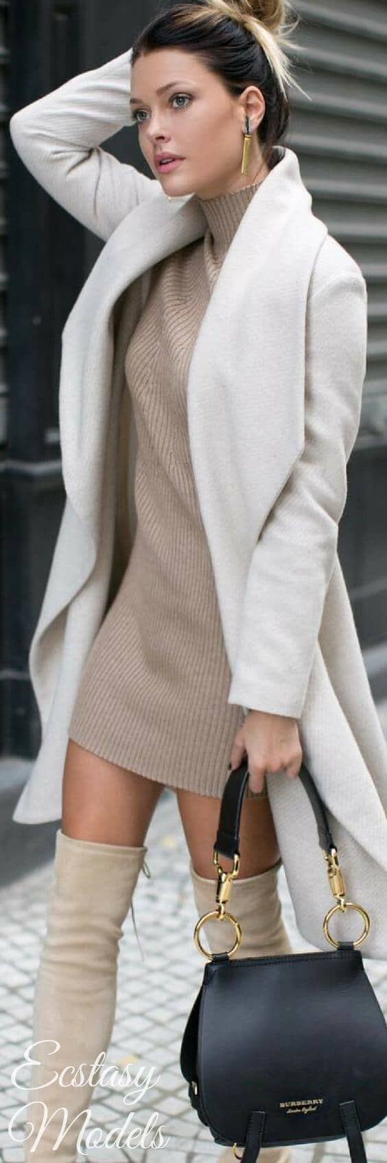 Sexy but Sophisticated Winter Outfits for Work