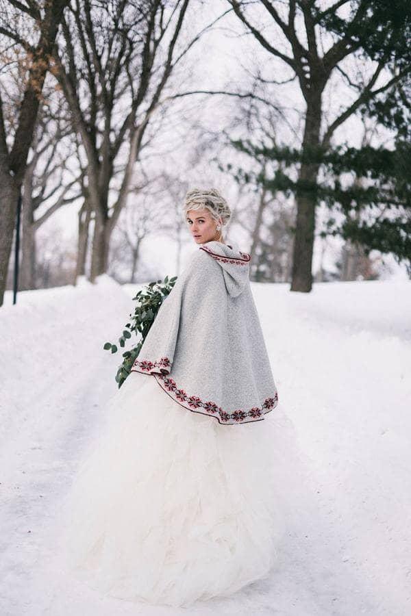 Folk-Inspired Shawl and Full Skirt