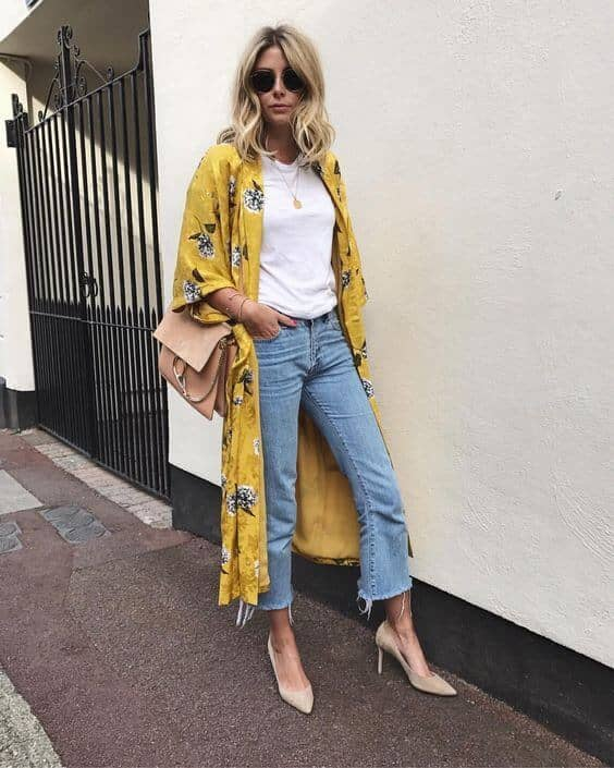 Short Sleeves With Cropped Jeans