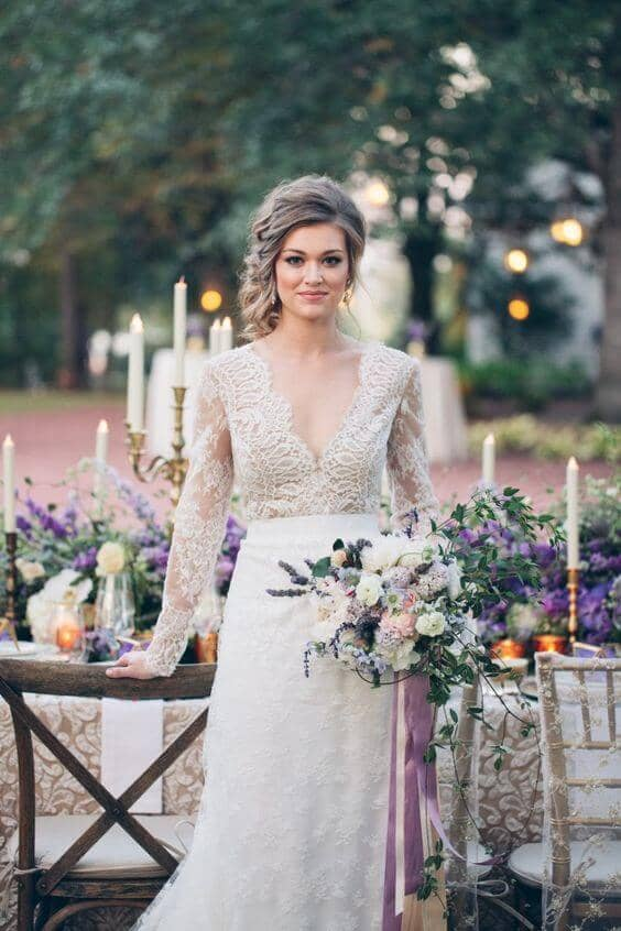Lace Bodice and Loose-Fitted Skirt