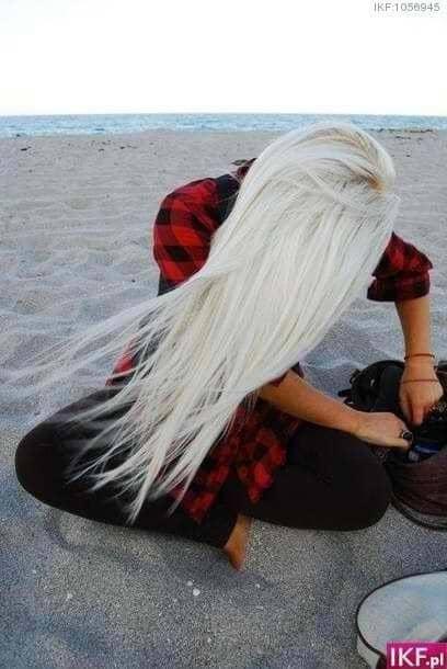 Windblown Ice Blonde Beach Hair