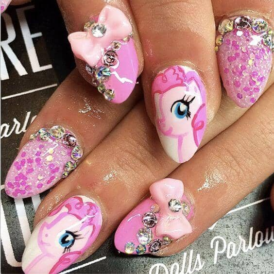 Fanciful Pony Nails with Pinkie Pie