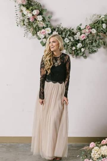 Beige Maxi-skirt With Long-sleeved Lace Top