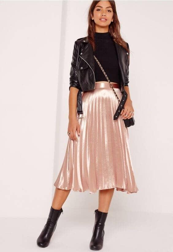 Плиссированные юбки, мото куртки и пинетки