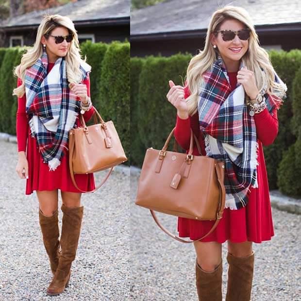 Красное платье, сапоги выше колена и шарф в клетку