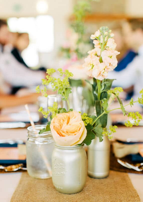 Rustic and Simple Mason Jar Centerpiece Idea