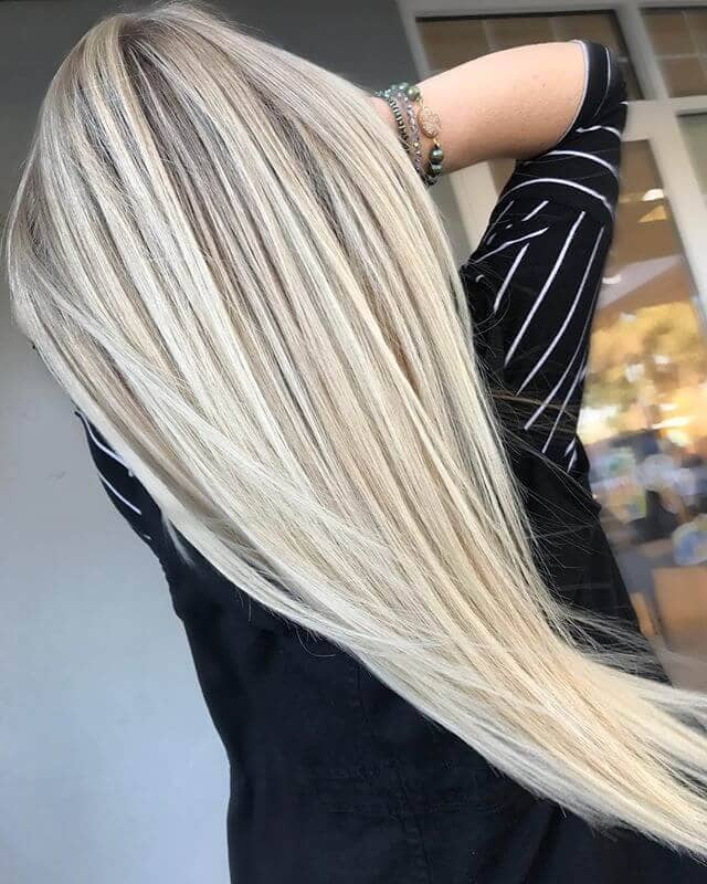 50 platinum blonde hairstyle ideas for a glamorous 2018 9 dimensional platinum with lowlight and highlights solutioingenieria Choice Image