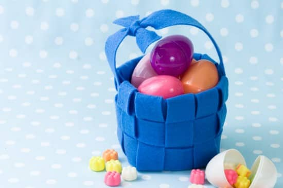 Little Blue Felt Basket with Eggs