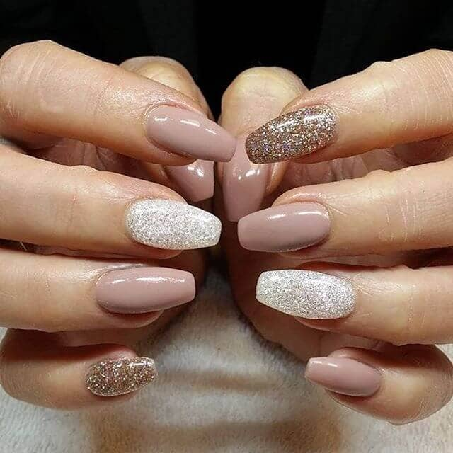 14) Glitter Gel Manicure Perfectly Suited for Autumn - 50 Dazzling Ways To Create Gel Nail Design Ideas To Delight In 2018