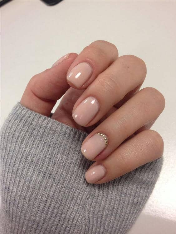 Neutral Nail Colors with Gold Nail Art