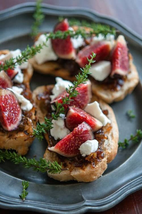 Toast with Goat Cheese and Fresh Figs<