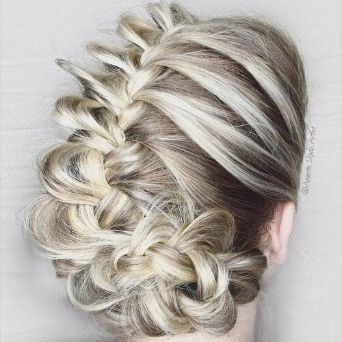 Loose Braid is Elegant or Casual