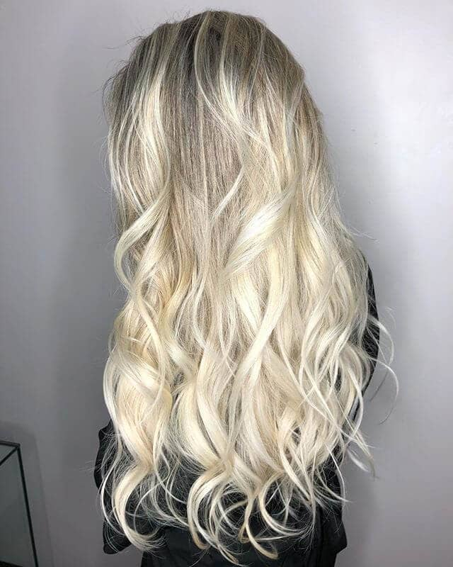 Pretty Long Layers for Perfect Curls