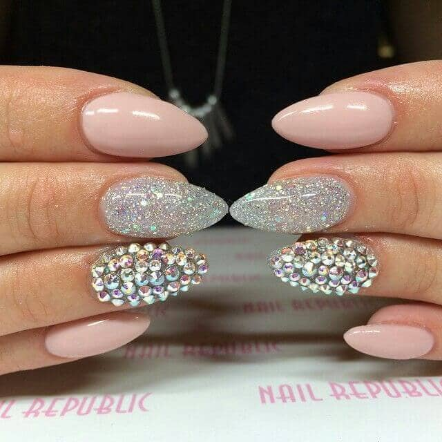 Creative Rhinestones Glitter and Rose Nails