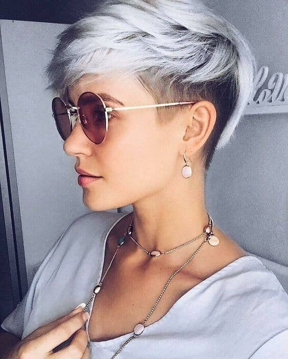 The Two-toned Razor Cut Pixie for Texture
