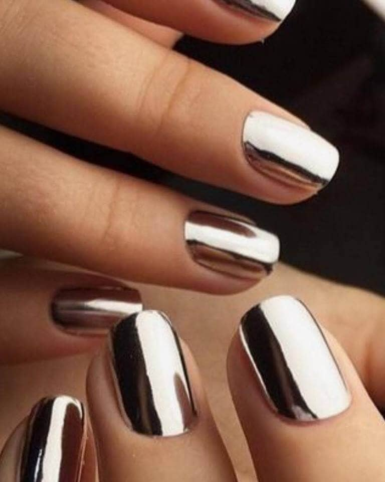 1 Short Silver Chrome Nail Manicure