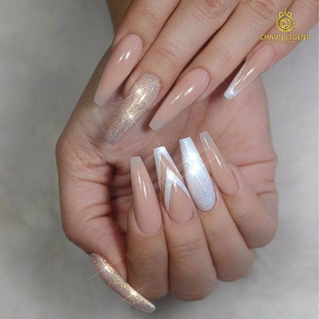 3 Nude White And Gold Glitter Nail Art
