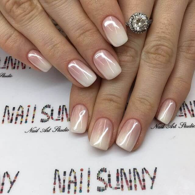 Subtle Peaches-and-Cream Ombre Chrome