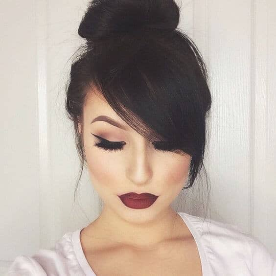 Dramatic Look with a Pretty Bun