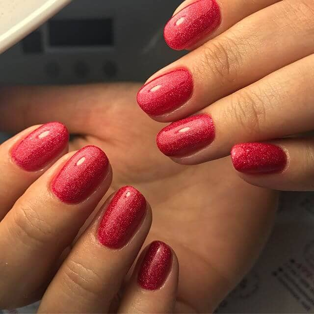 Sparkly Red Glitter Nail Design