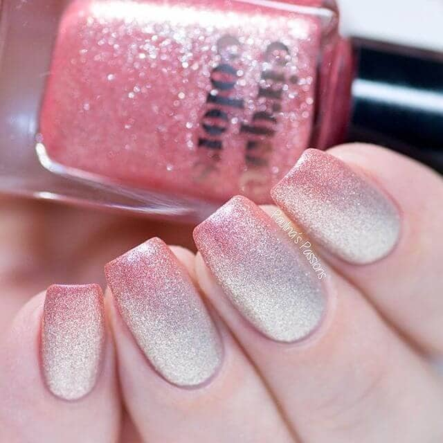 22 Subtly Y Beige To Pink Glitter Ombre