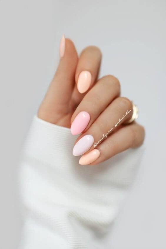 Simple Shades of Blush Nails