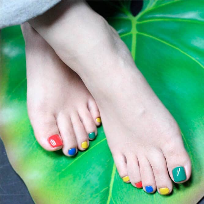 Yellow Nail Polish Toenails: 50 Exciting Pedicure Ideas To Shake Things Up