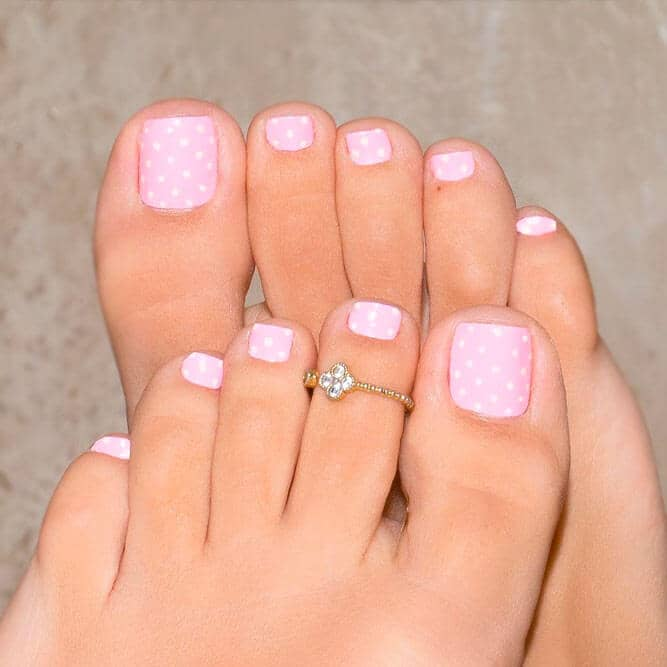 40) Subtle Baby Pink Polka Dots - 50 Exciting Pedicure Ideas To Shake Things Up