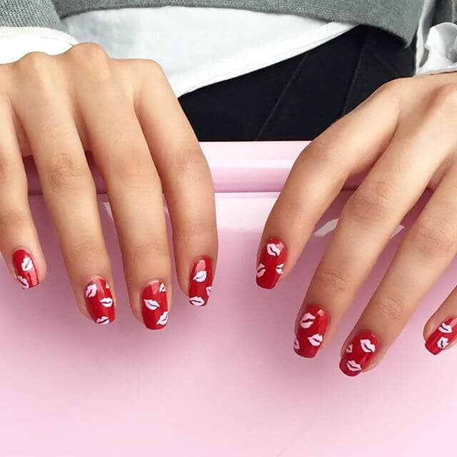 21) Cute Kisses Red And White Lips Nail Design - 50 Creative Red Acrylic Nail Designs To Inspire You