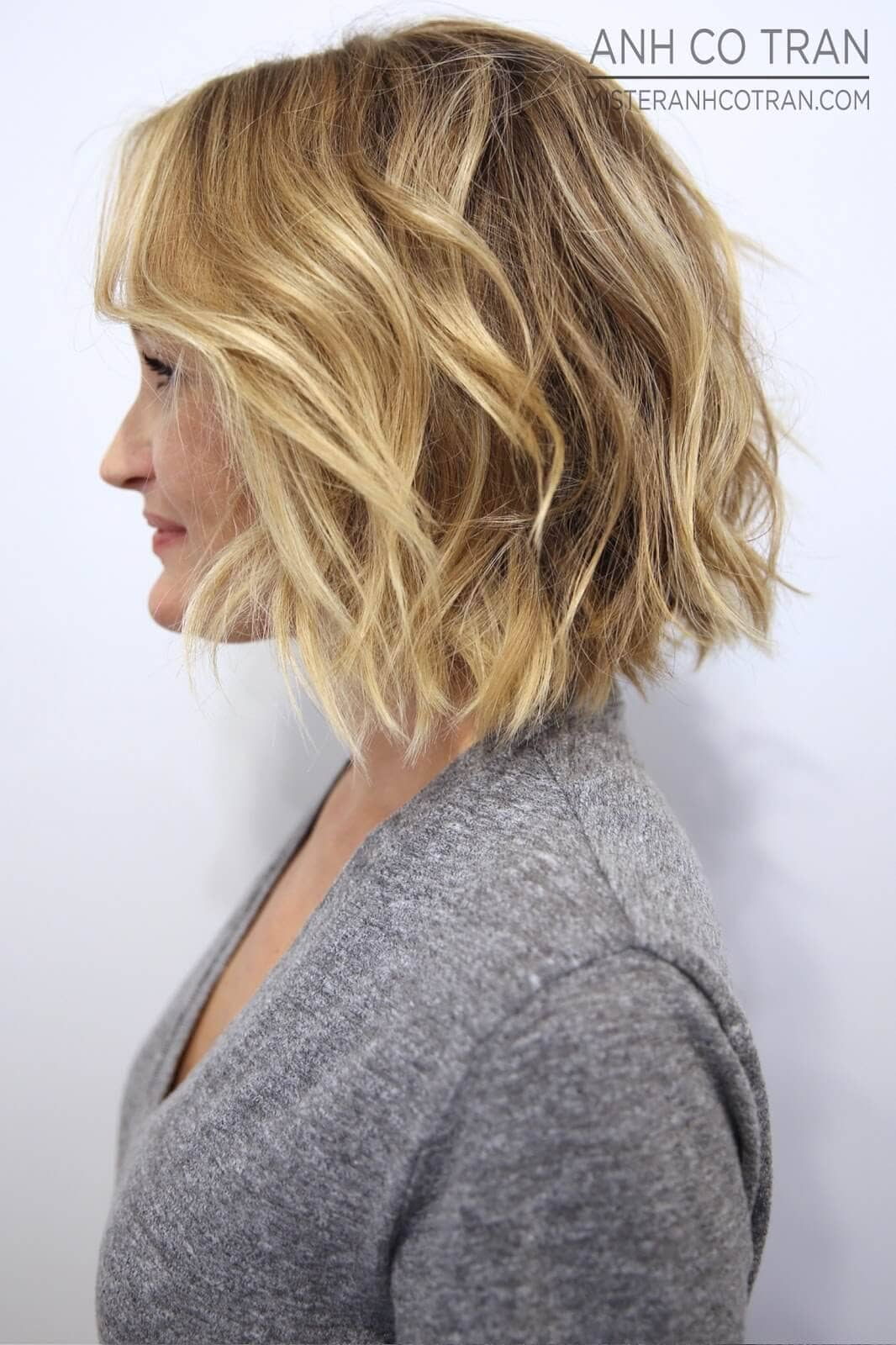 pics 19 Hottest Layered Haircuts with Bangs for 2019