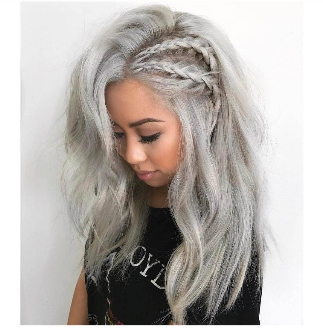 Soft Braided Light Ash Waves