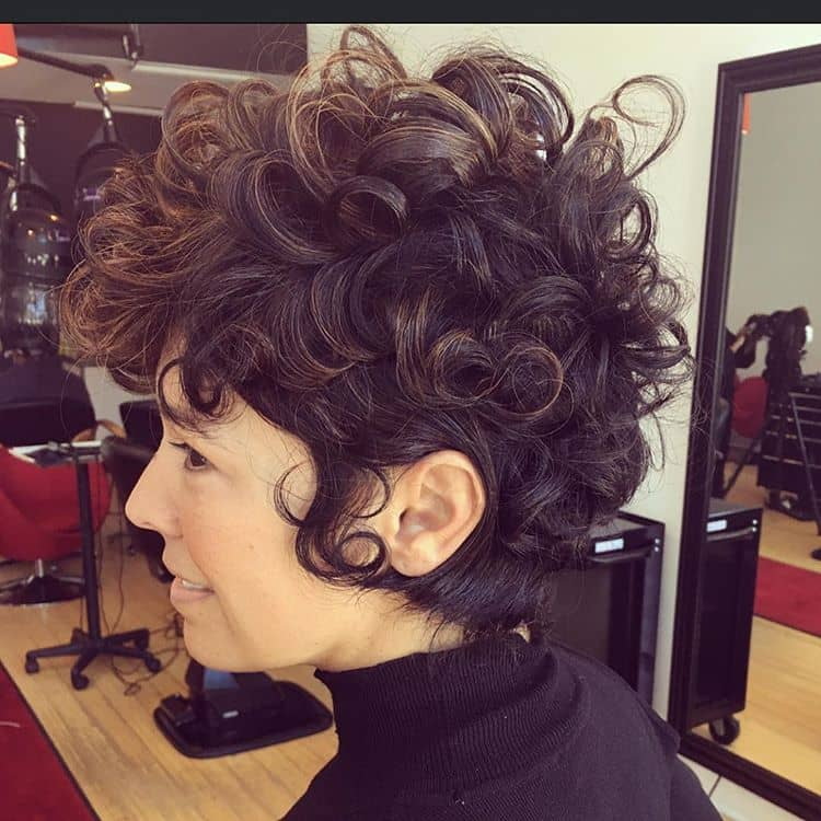 Retro Inspired Marvelous Medusa Curls
