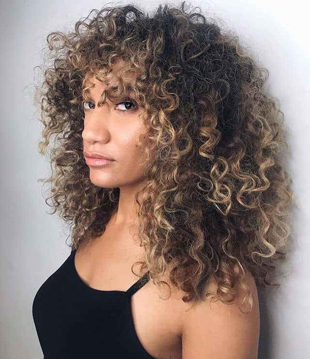 Medium Hairstyles For Curly Hair Girls 46