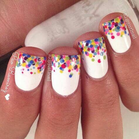 Polka Dot Gradient with a White Background