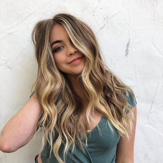 Super Sweet und Simple Long Honey Blondes Haar
