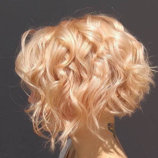 Strawberry Gold Short Curly Hair
