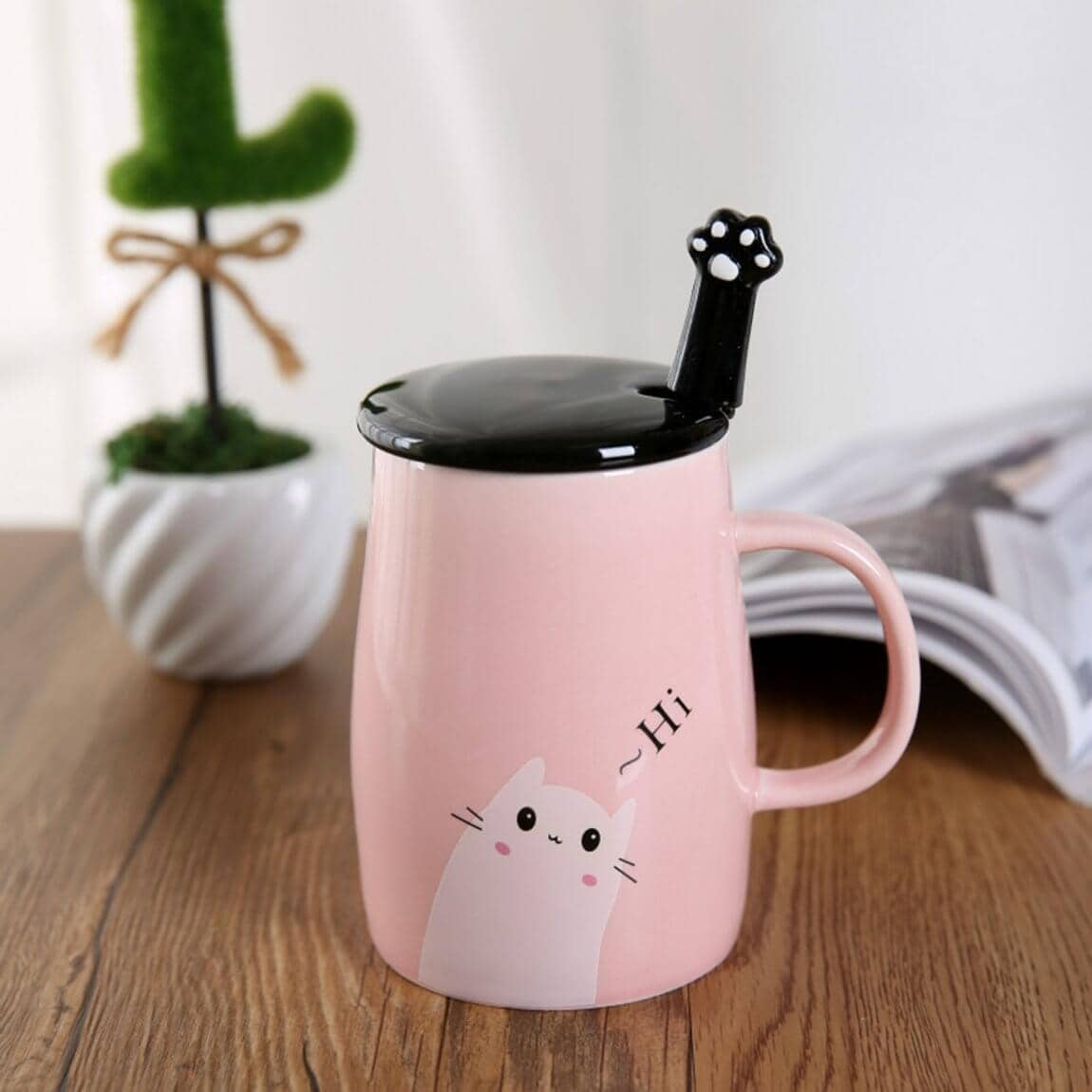 Ornate Ceramic Coffee Cup for Cat Lovers
