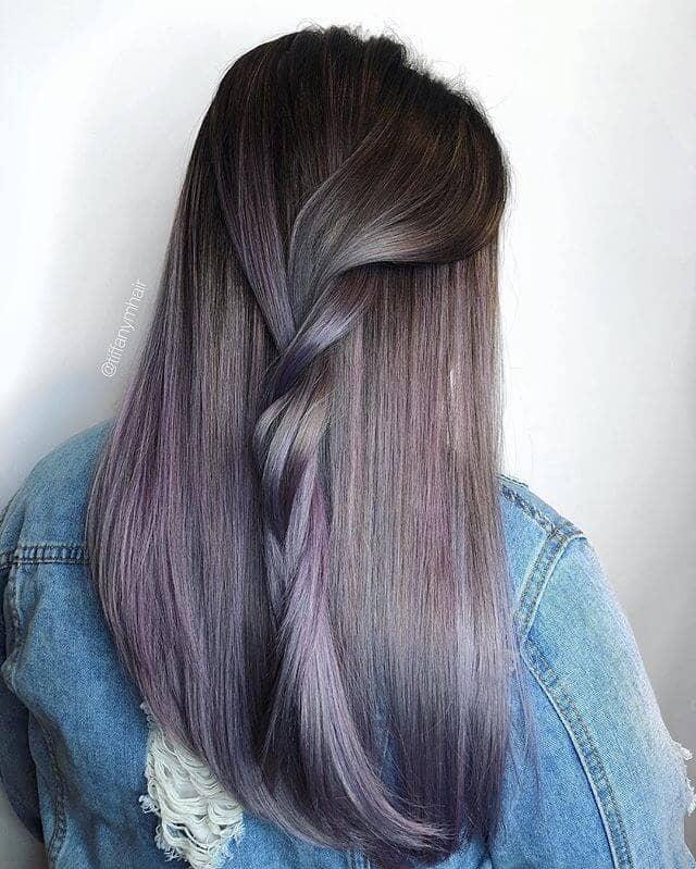 Schöne Flieder und gedämpfte Plum Hair Twist